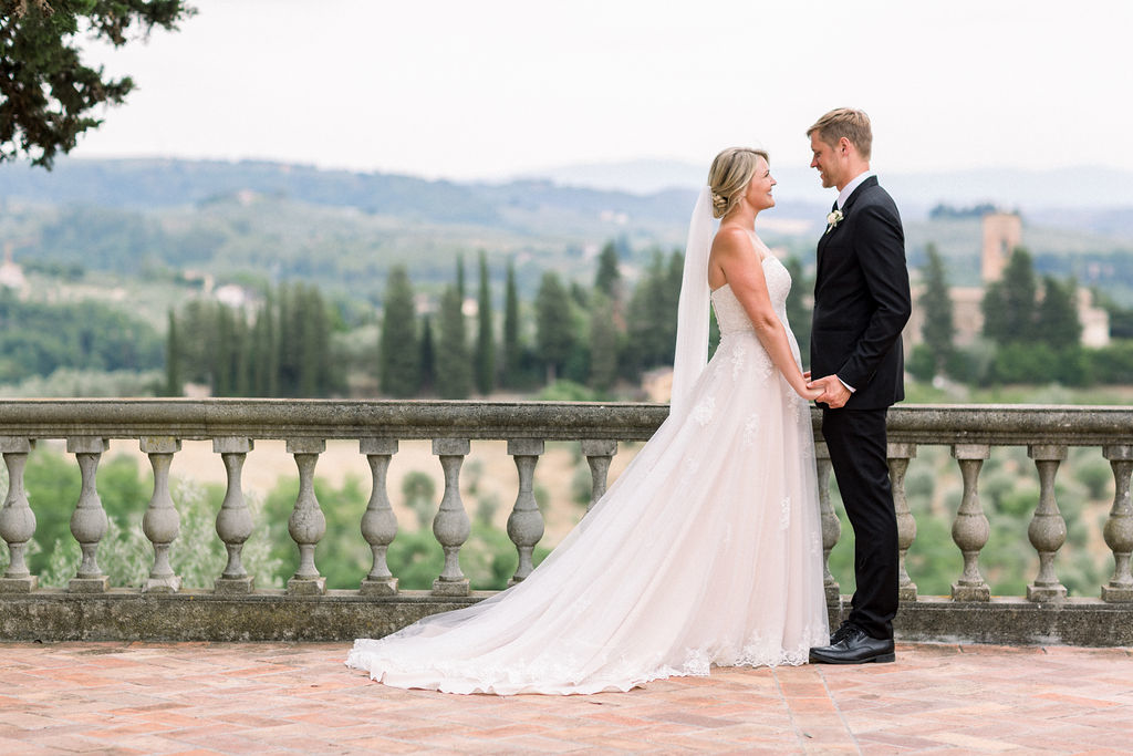 wedding in a vineyard in tuscany